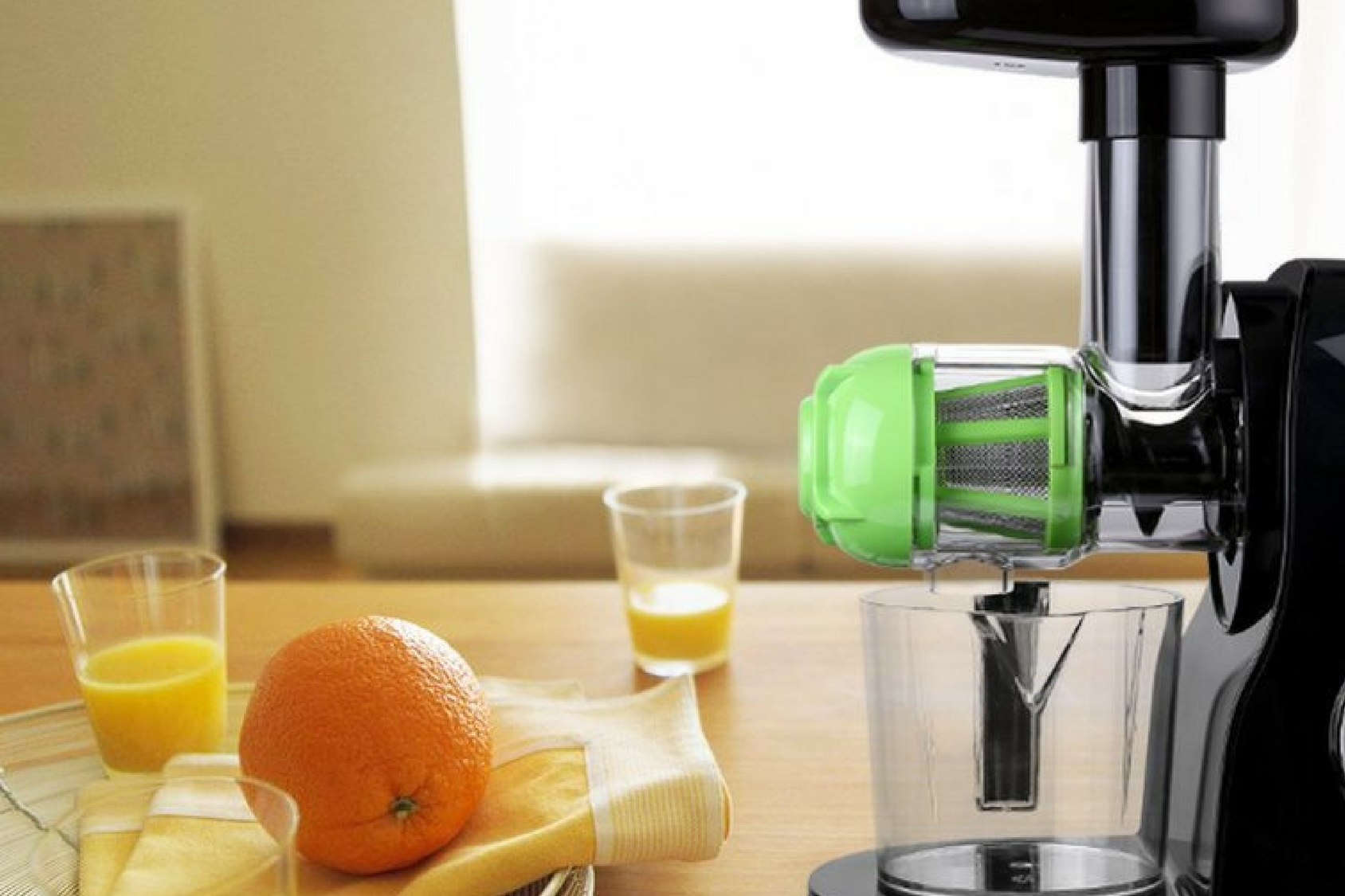 Best Masticating Juicer Reviews of 2017 ~ The Juice Authority